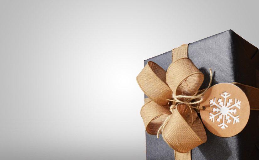 Prezent niespodzianka czyli co podarować żonie w okazji Dnia Kobiet